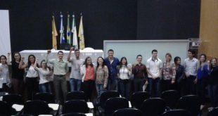Veja como foi a solenidade de entrega de Carteiras Profissionais, na tarde desta segunda-feira, no CRF-MT, aos novos farmacêuticos de Cuiabá e região